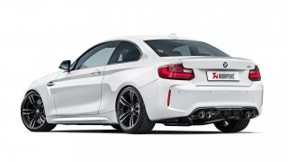 Nuovo impianto di scarico Akrapovič per BMW M2