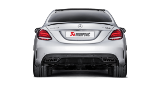 Akrapovič crea il nuovo impianto per Mercedes AMG C63